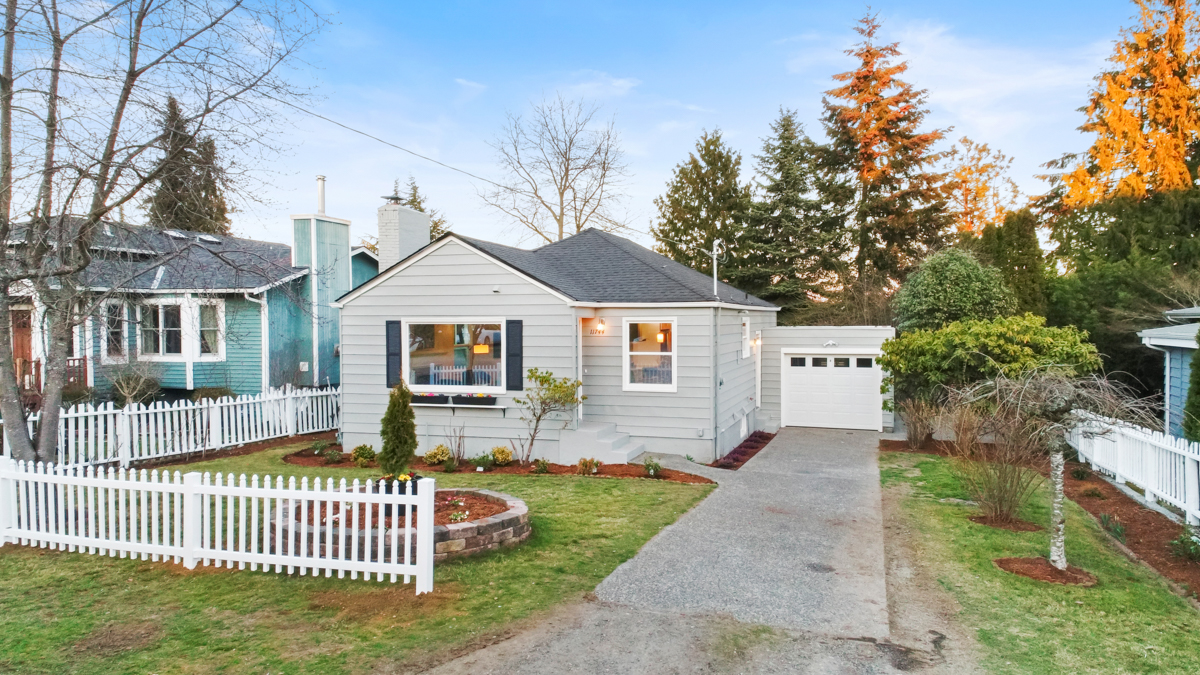 Charming Broadview Home 1