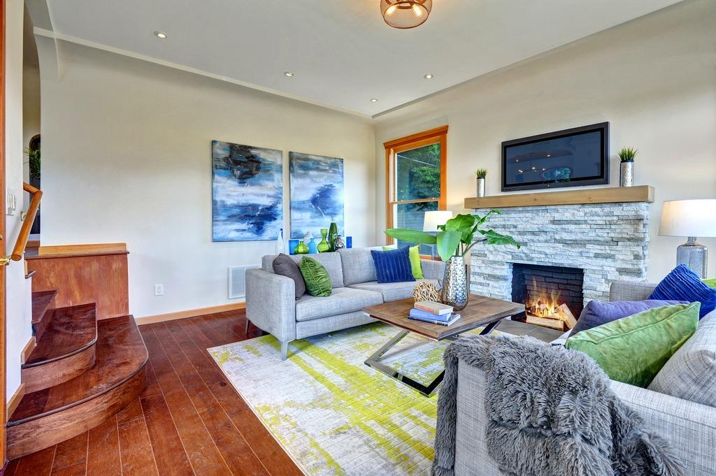 Light Filled Mount Baker Home 3