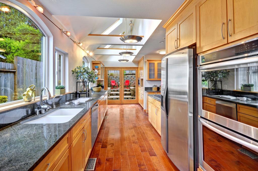 Light Filled Mount Baker Home 4
