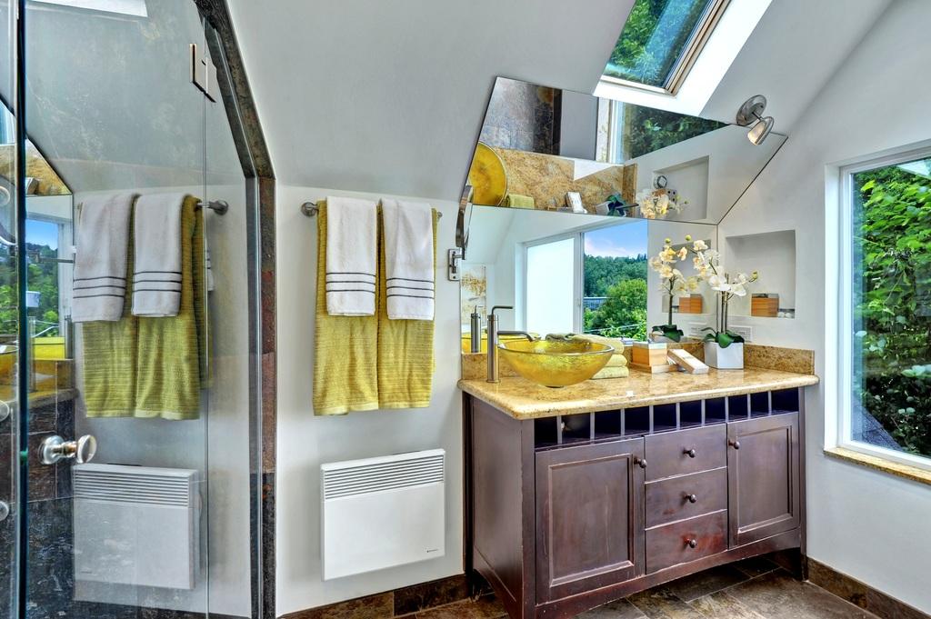 Light Filled Mount Baker Home 6